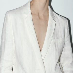 Zara white blazer size XS Button pockets